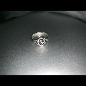 Spanish Swirl James Avery Ring